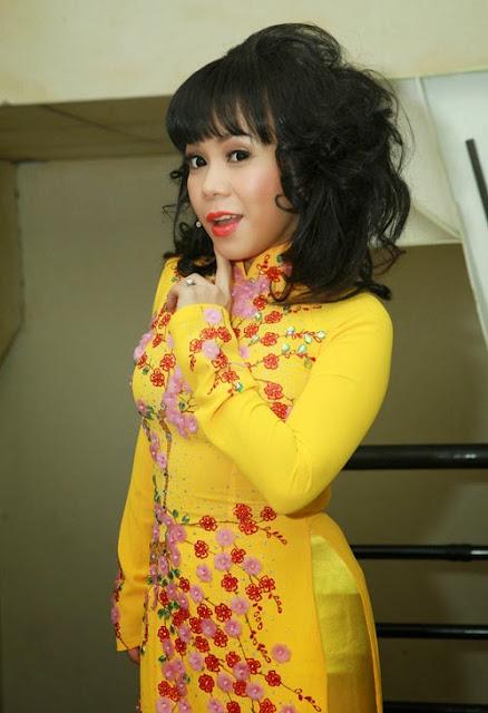 Việt Hương