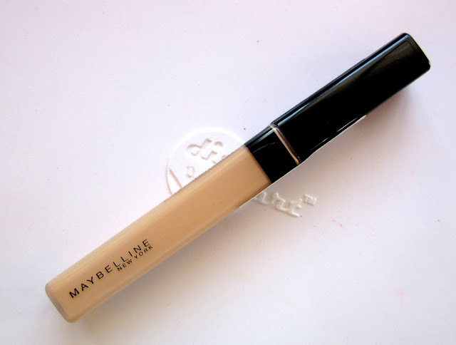 January 2016 Beauty Favorites: Maybelline Fit Me Concealer Sand Sable