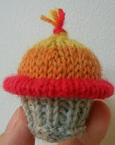 http://www.ravelry.com/patterns/library/jayne-cupcake