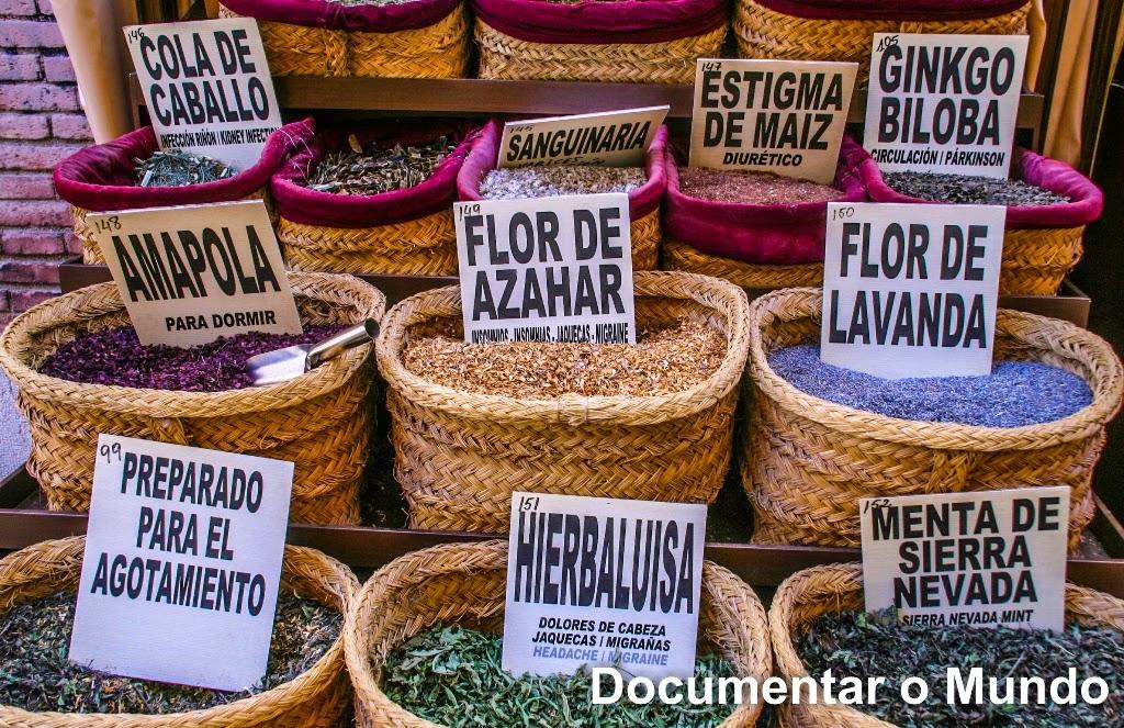 Plaza Bibla Rambla; Mercado de especiarias em Granada; Espanha; Andaluzia