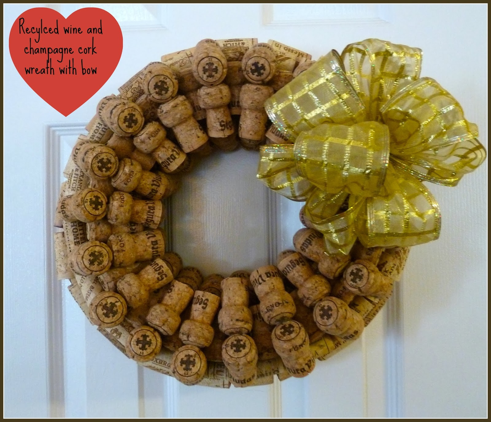 Crafts made with corks - Recycled Wine And Champagne Cork Wreath With Bow