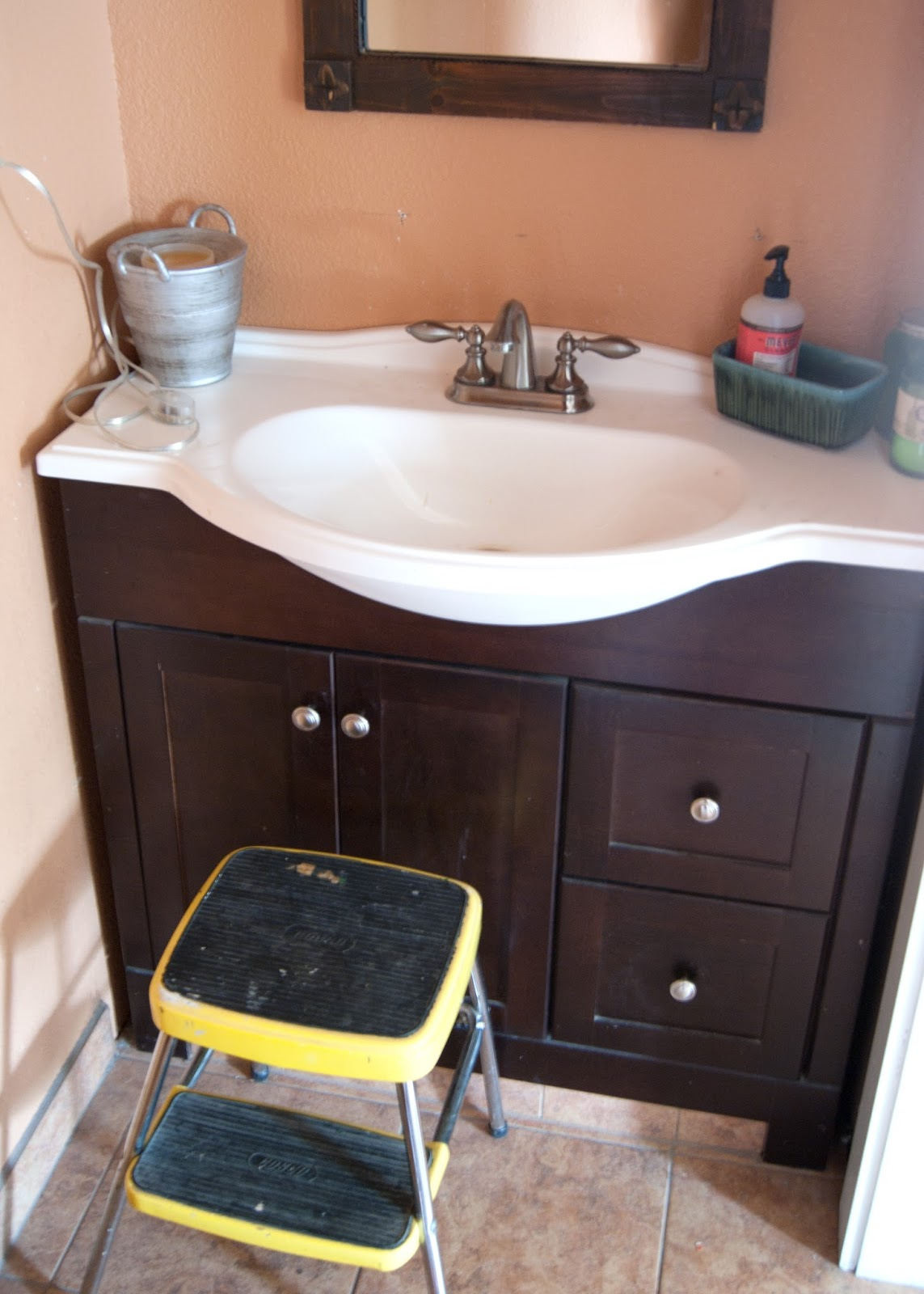 powder room makeover - the before - one room challenge   averie