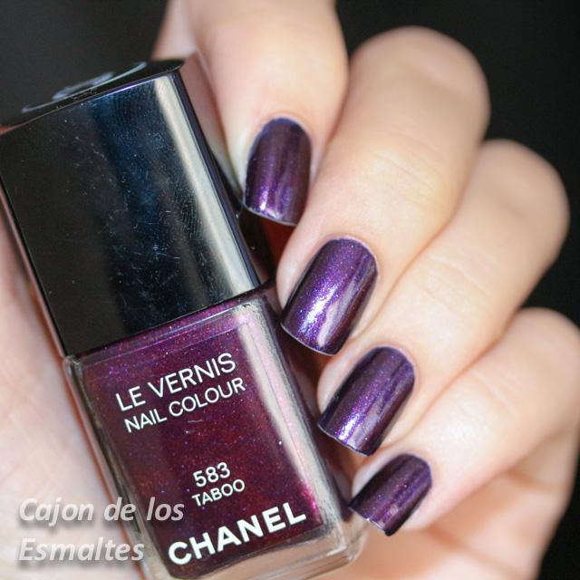 Esmaltes de uñas Chanel - Taboo