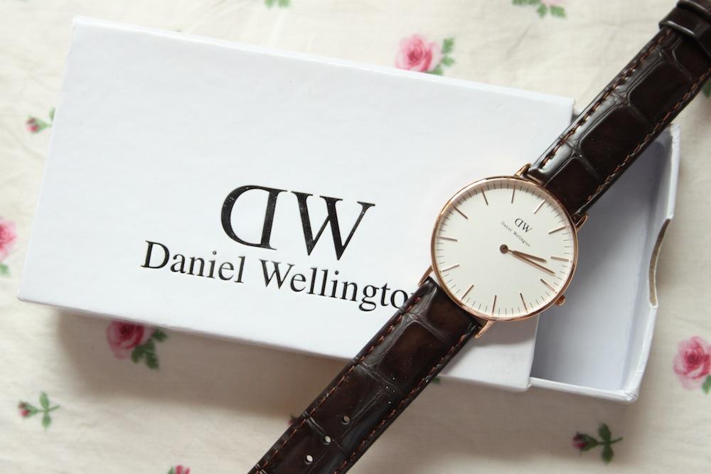 daniel wellington york rose gold watch