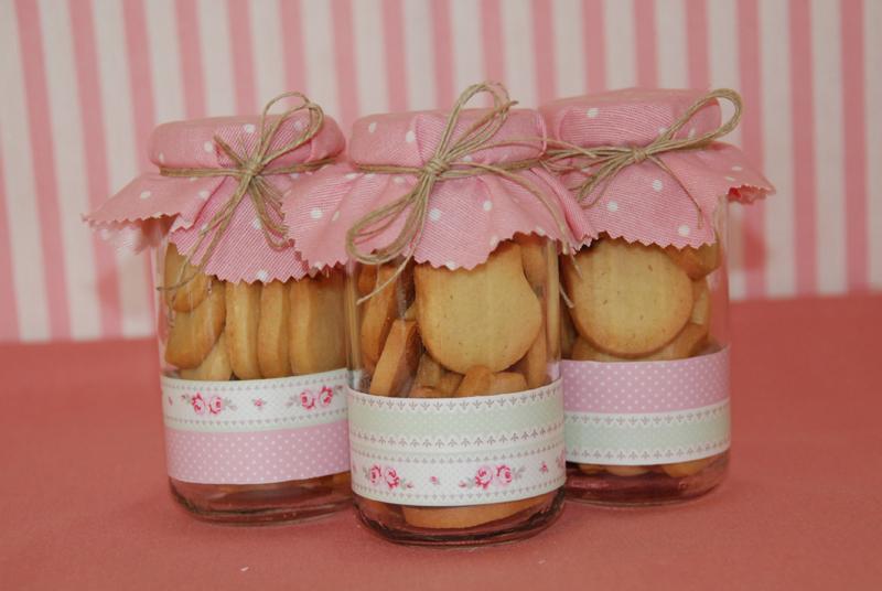 Como decorar frascos de compota para bautizo imagui for Frascos decorados para navidad