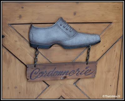 Bon Plan Cordonnier à La Ville à La Montagne boulevard Beaumarchais Paris chaussures montagne boutique chalet suisse cordonnerie