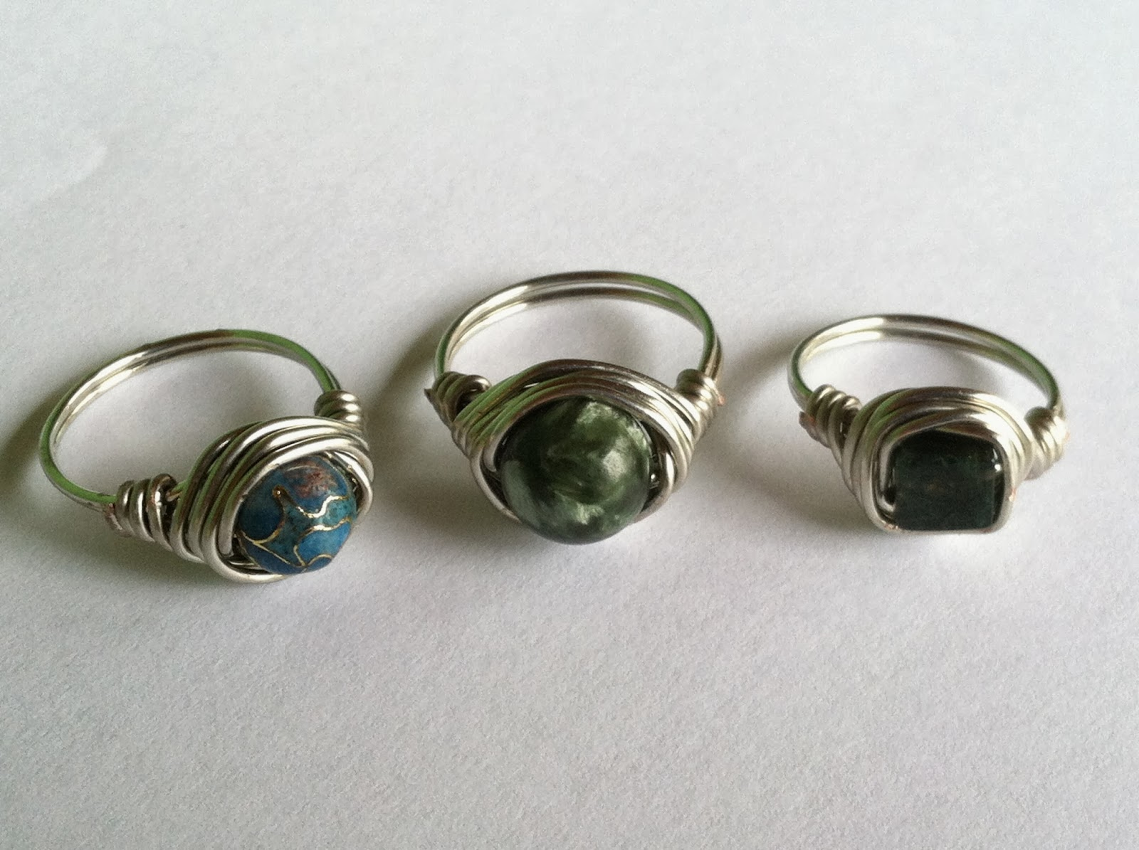Becoming Ms. Suzy Homemaker: Wire-Wrapped Bead Rings!