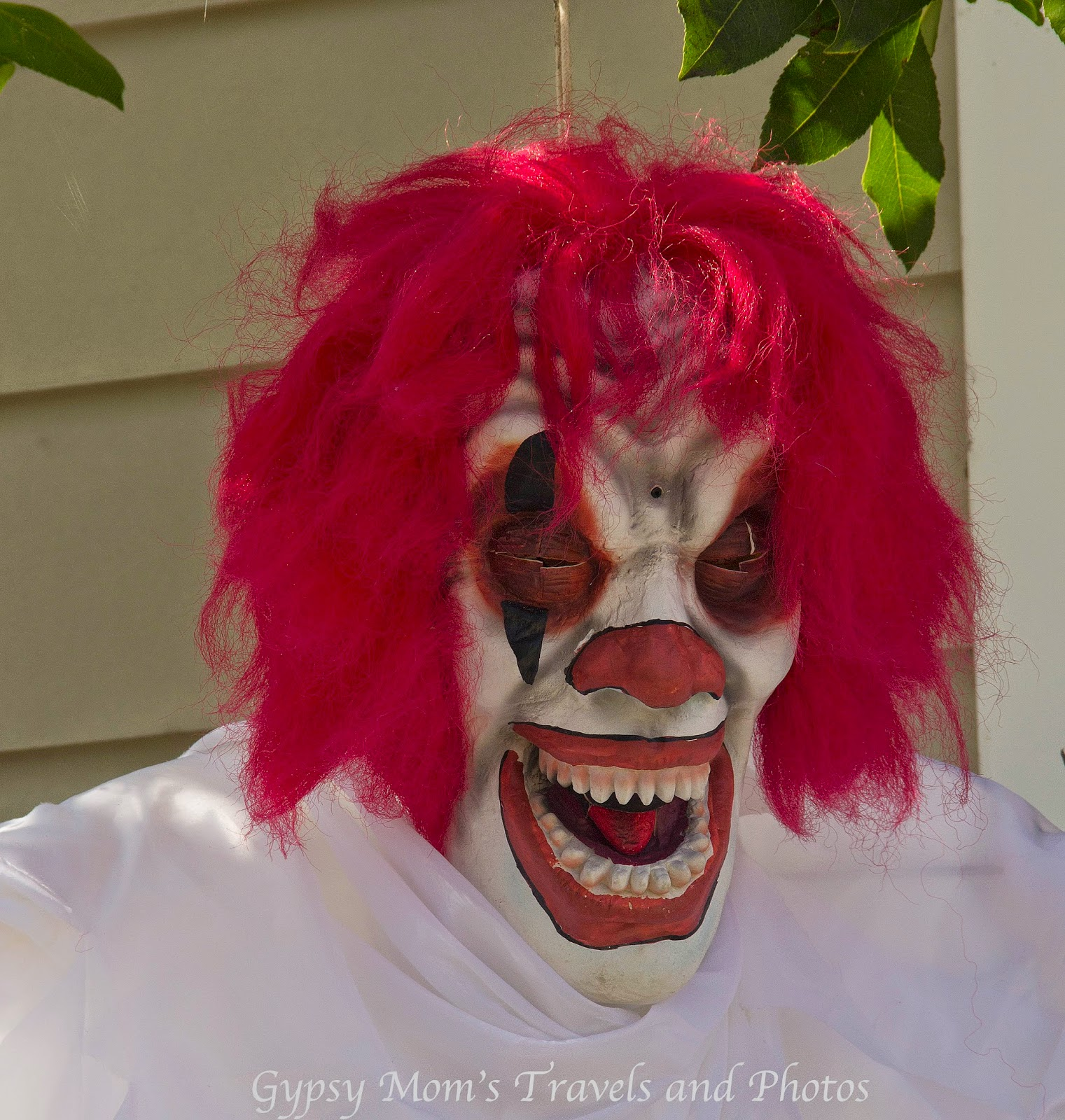 Creepy clown-Halloween decoration on Balboa Island