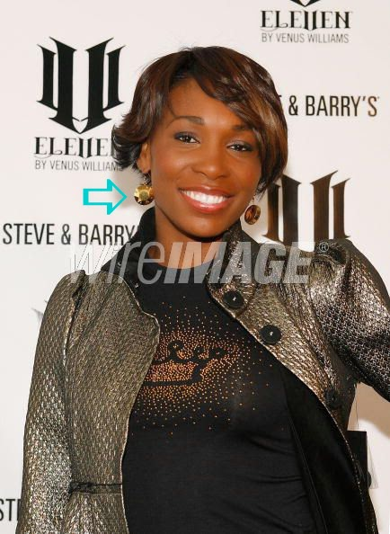 Venus Williams wearing Jenny Dayco earrings