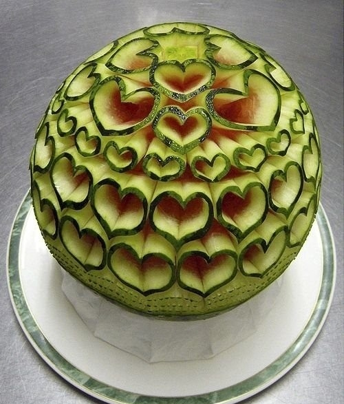 Melon-Carvings-by-Ta