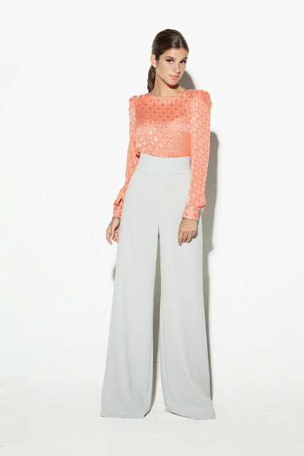 Esencia Trendy Inspiración Invitada boda pantalones palazzo pantalon colour nude estilo estilismo outfiit