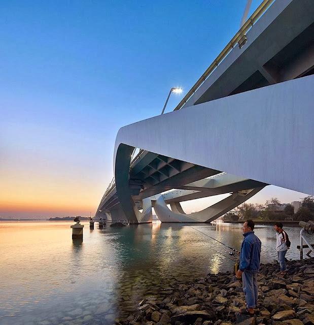 Le-pont-de-Sheikh-Zayed