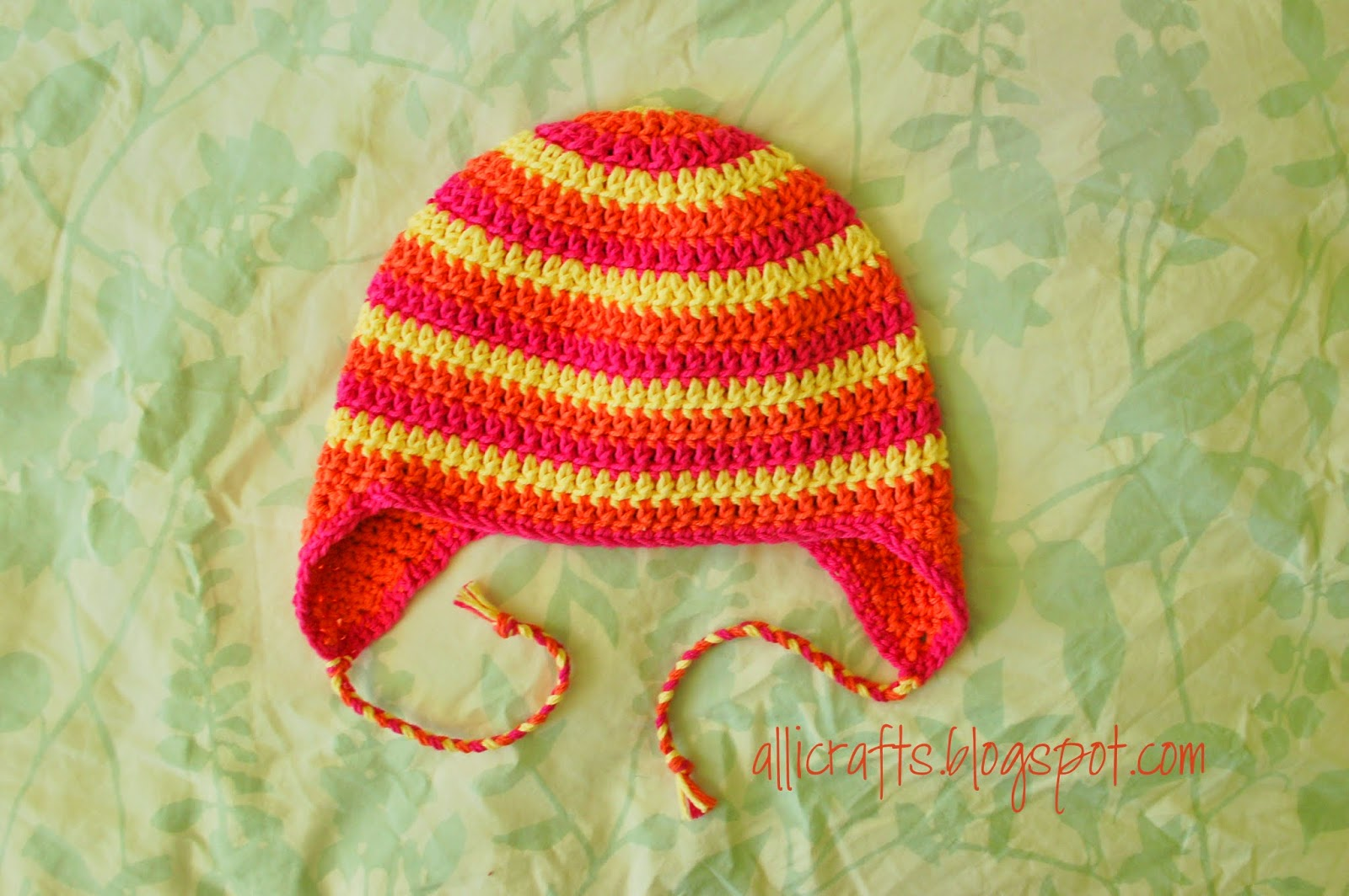 Alli Crafts: Free Pattern: Earflap Hat - Youth/Adult Small