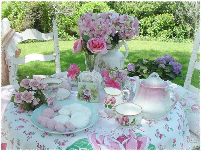 Reina victoria arte vintage te con amigas una entrada for High tea party decorations