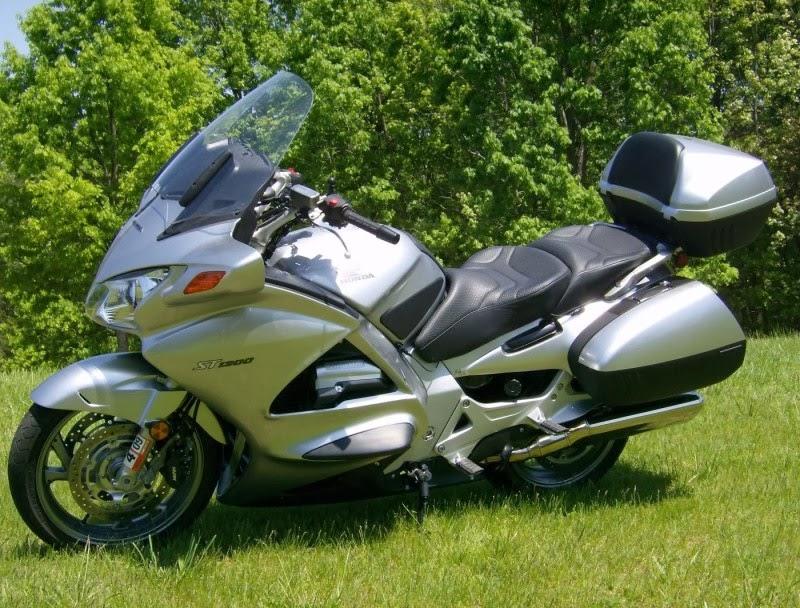 St1300 Honda Review The Honda St1300 is Great Car