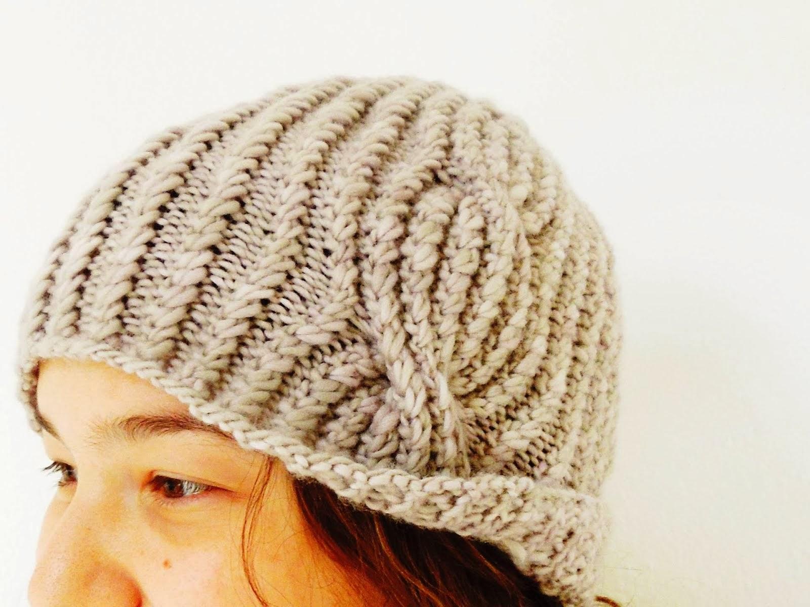 Pleksuda hat pattern - buy through Ravelry  //  σχεδιο για σκουφακι  - αγορα μεσω Ravelry €2,90