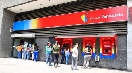 Ciudadanos clientes del banco de venezuela no pueden for Oficina del banco de venezuela