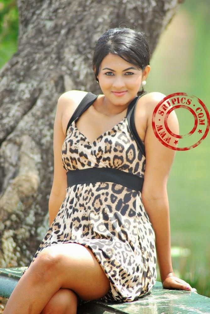 Sri Lankan Best Models: Piumi Purasinghe
