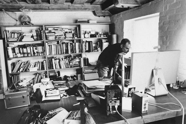 スティーブ・ジョブズの自室にもあったGENELEC(2004年撮影)