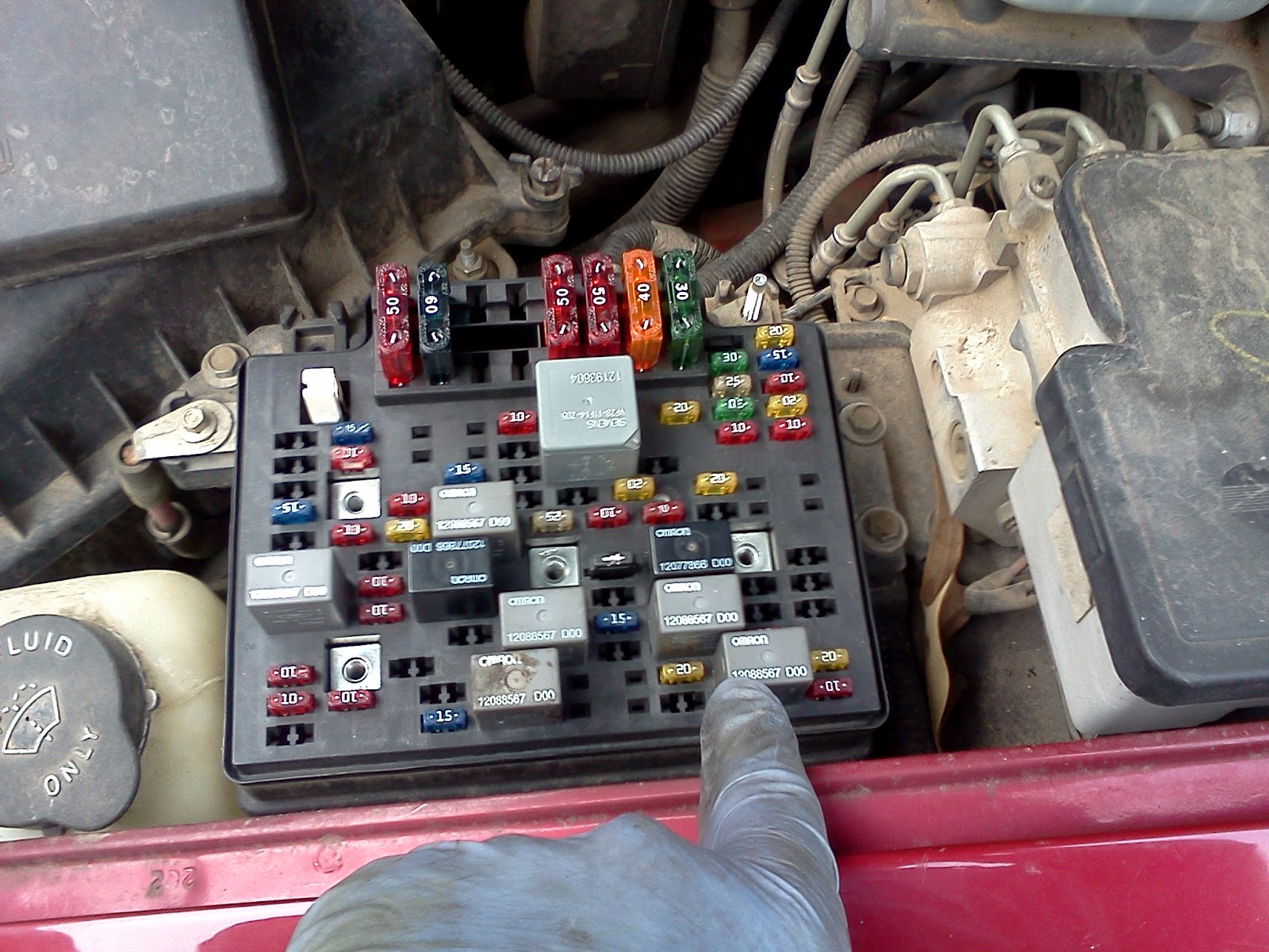 underhood fuse box diagram 1994 f150 ford 96 s10 rear brake lights help   s 10 forum  96 s10 rear brake lights help   s 10 forum