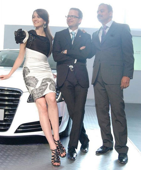 Yana Gupta - Sexy Yana Gupta at Audi A8 Launch