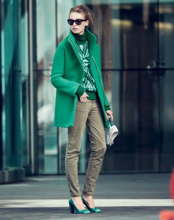 La mejor tendencia en la moda | Moda en color esmeralda