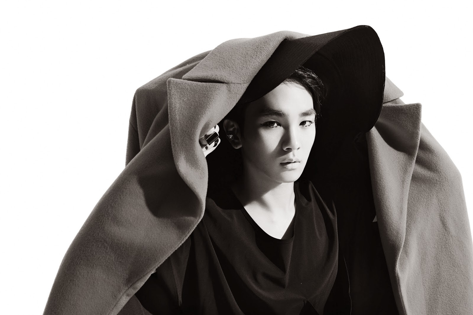 Oddness/Weirdness: UPDATED: Key's Teasers For SHINee's ...