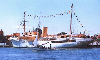 Королевская яхта Даннеброг (Dannebrog)