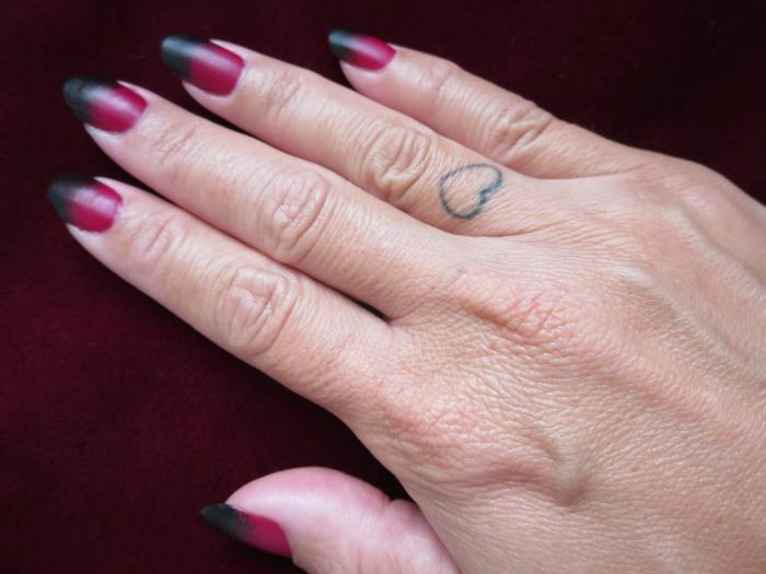 Mani Monday: Gradient nails