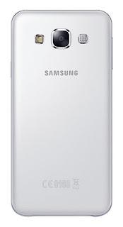 Samsung Galaxy E5 tampak belakang