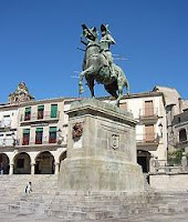 Estatua de Francisco Pizarro en Trujillo