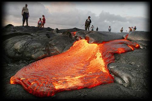 Salida y movimientos de lava ciencia geogr fica for Temperatura lava