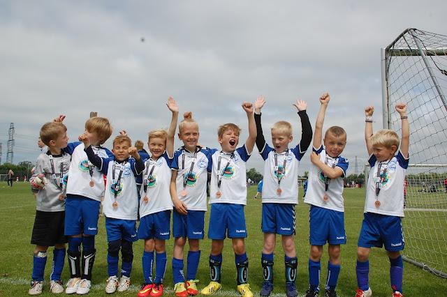U8 drenge. Fra venstre: Max, Magnus M., Alexander, Magnus S., Tobias, Rasmus, Federik, Malte og Thomas
