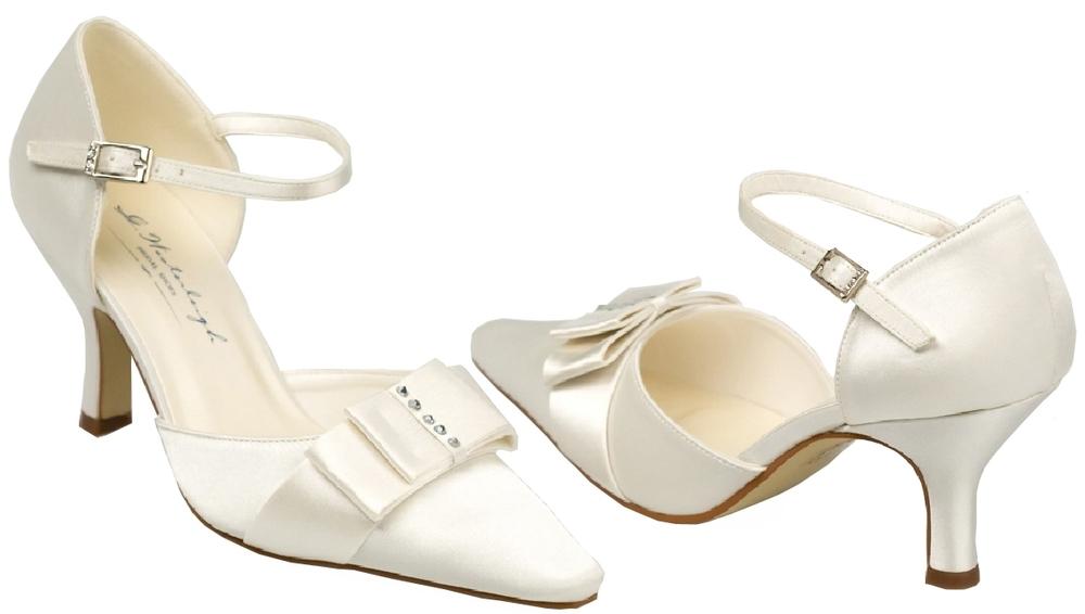 la chica de los 1001 zapatos: zapatos de boda: andrea y lora