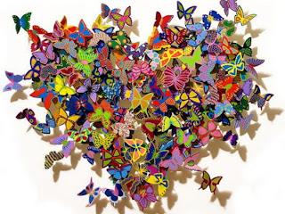 mariposas con forma corazón