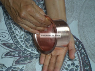 Bronze Mug used to remove excessive body heat