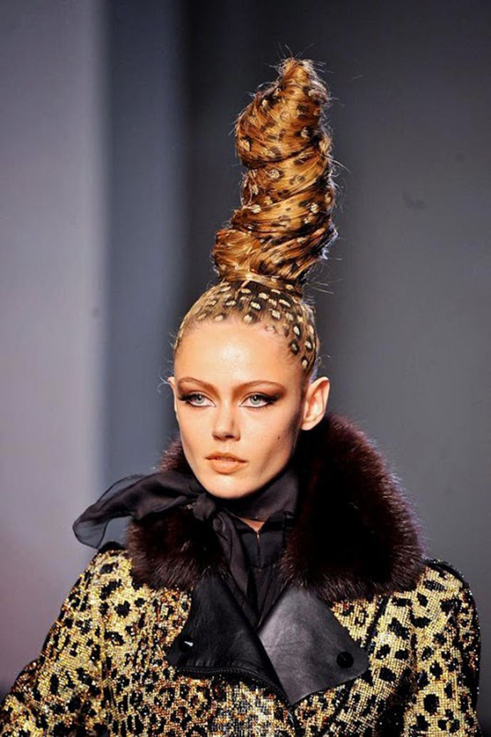 Jean Paul Gaultier Fall 2013 Couture show beauty. Smoky makeup and leopard hair