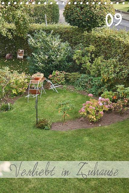Mein Moorbeet im September mit Blick vom Balkon.