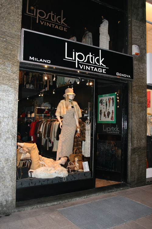 A dream called fashion : Vintage shopping guide in Milan ...