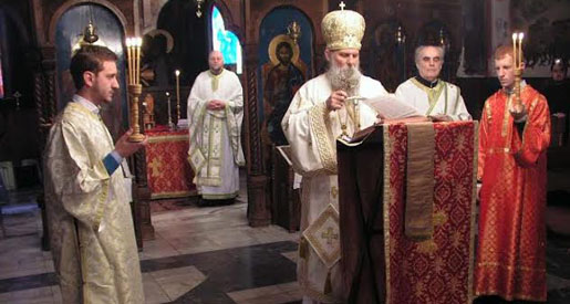 Епископ Јован (Ћулибрк) у Вождовачком храму