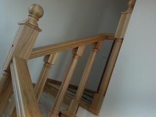 balustrada din lemn masiv
