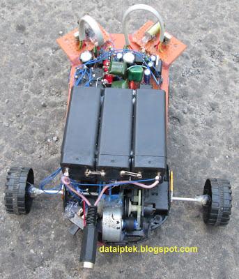 Gambar Robot sensor sederhana