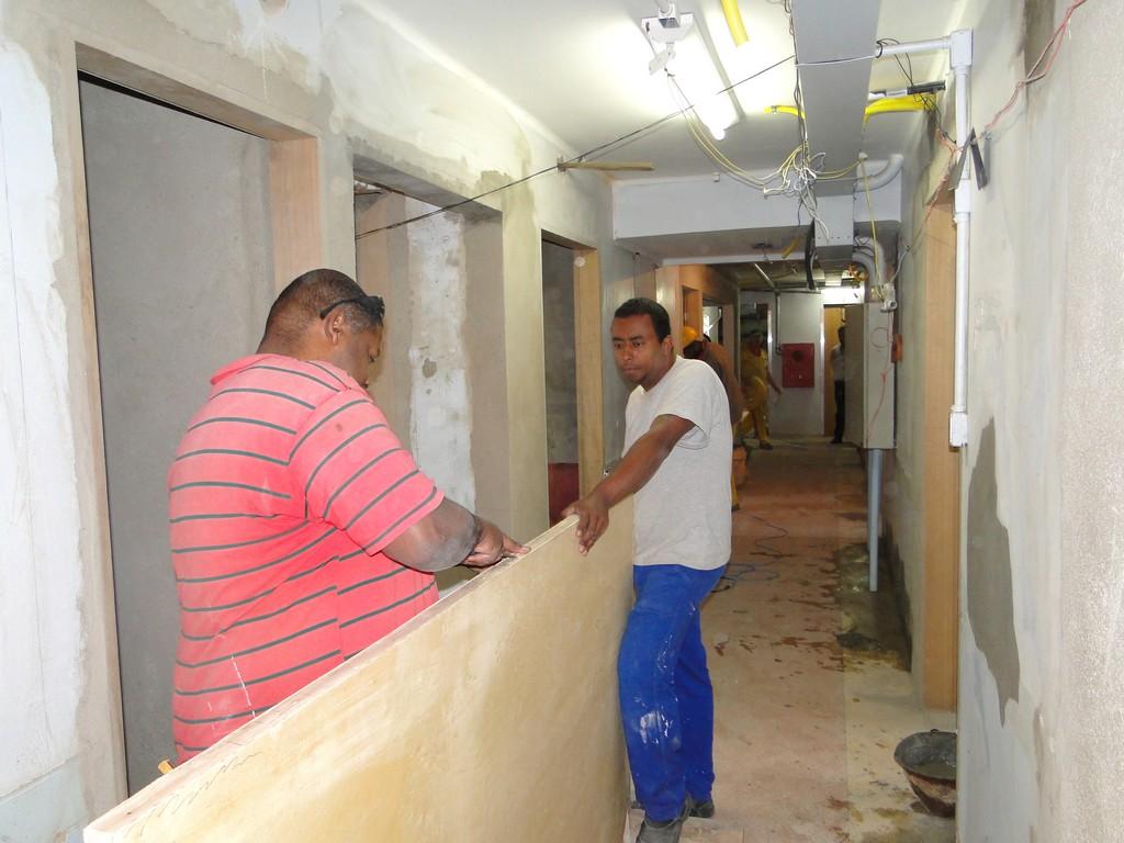 Secretários municipais de Teresópolis visitam obras no Hospital São José