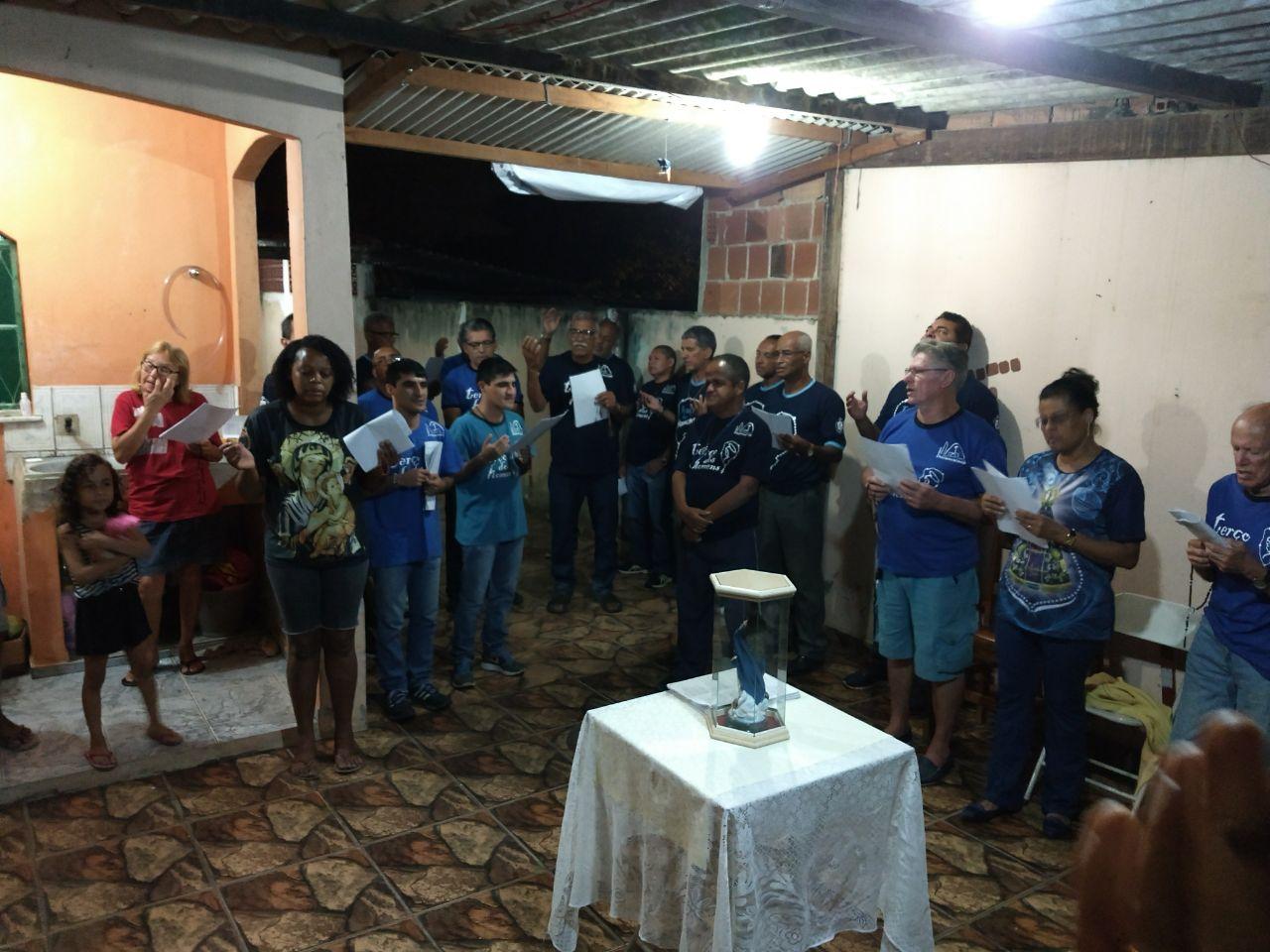 TERÇO NA CASA DO NOSSO IRMÃO VALCIR EM 09/10/2017