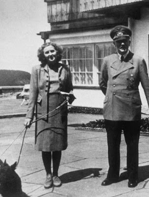 Eva Braun with Hitler at Berchtesgaden