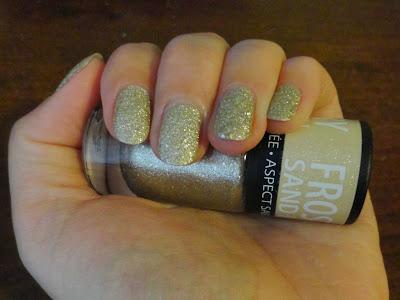 Clothes & Dreams: Summer feelings in Autumn nail polish