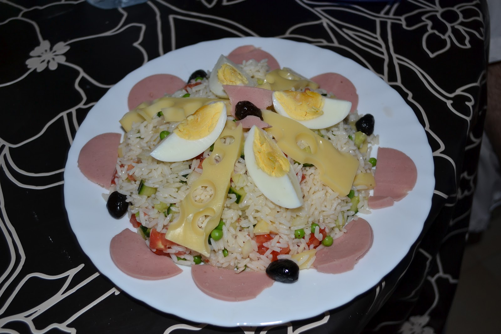 Recettes tunisiennes jiji salade de riz - Absorber l humidite avec du riz ...