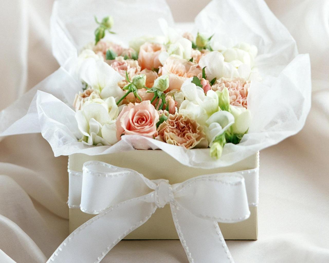 розы,упаковка,букет,праздник  № 759830  скачать