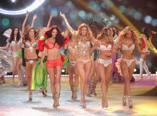 2013 Victoria Secret Fashion Show