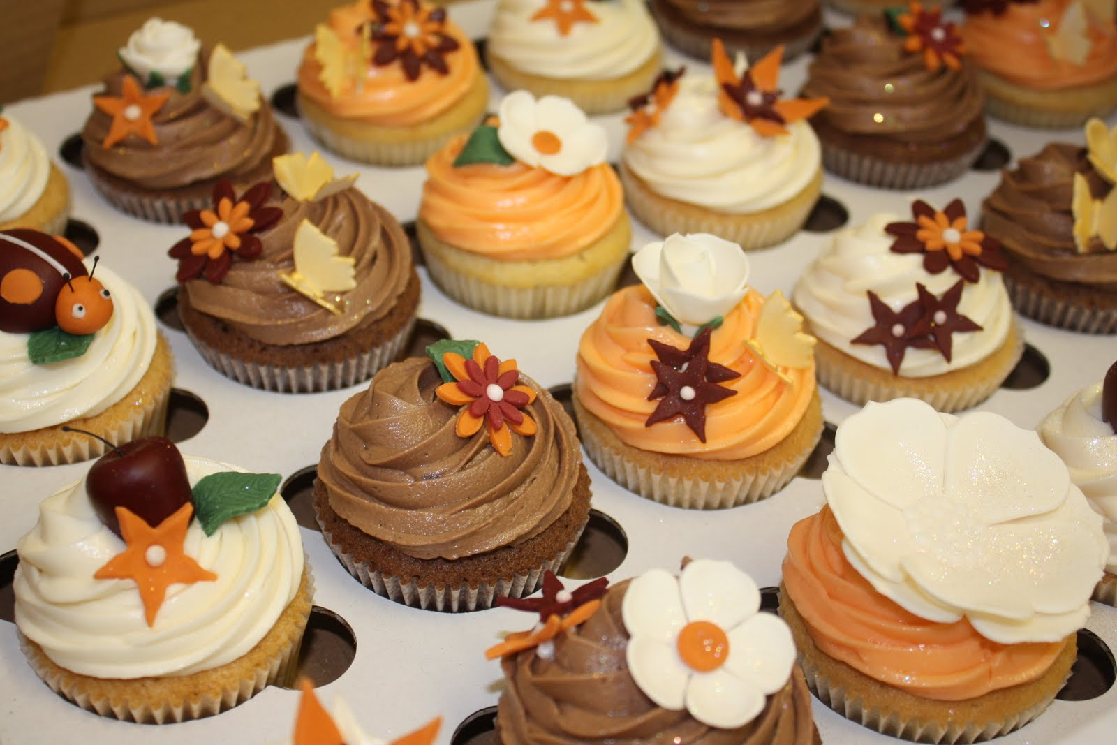 The Little House of Cupcakes Autumn wedding at Singleton